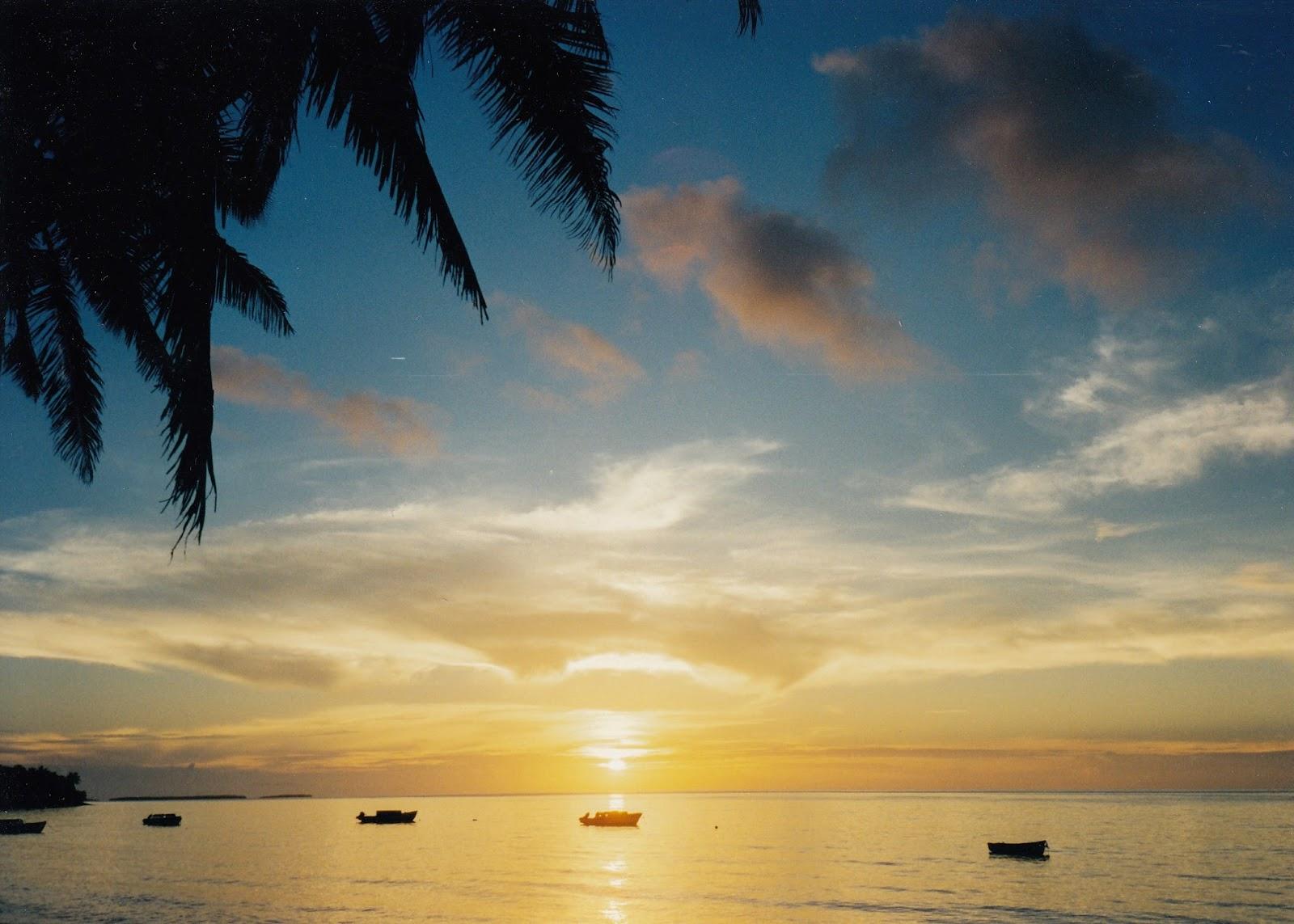 Tonga travel brings a beautiful sunset