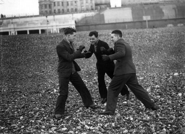 Cocosse   Journal: Boxing on the Beach   Teddy Baldock / Primo