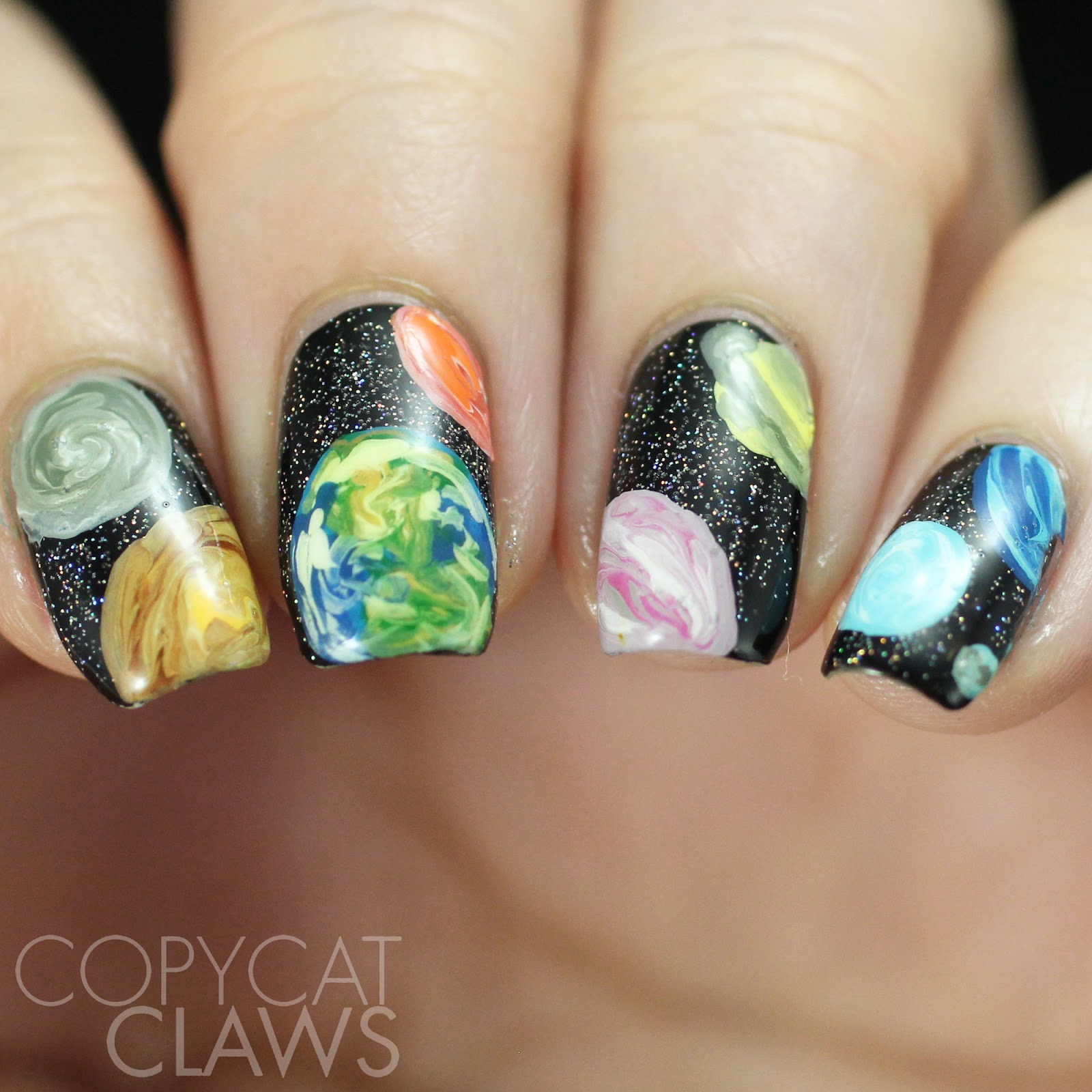 Copycat Claws: 26 Great Nail Art Ideas - Things That Are Round