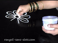 easy-rangoli-for-Diwali-1.jpg