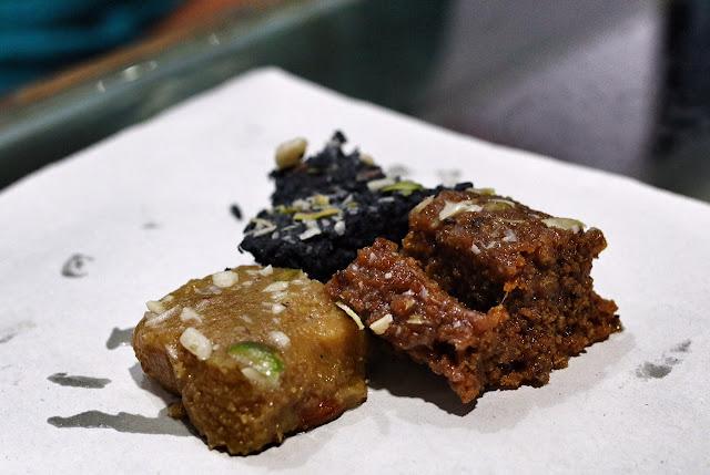 Kali Gajar halwa Zuazi halwa and Habshi halwa street food lucknow chowk