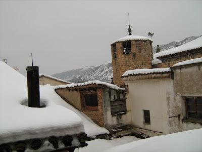 clima, Beceite, nieve, frío, nevada, está nevando, Beseit, neu, iglesia, forn, horno, tejados