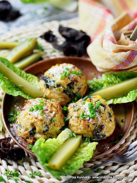 babeczki z ziemniakow z grzybami mun, uszaki bzowe, mufinki ziemniaczane, ziemniaki zapiekane z uchem bzowym, ucho bzowe w babeczkach ziemniaczanych, ziemniaki z grzybami, co zrobić z ziemniakow