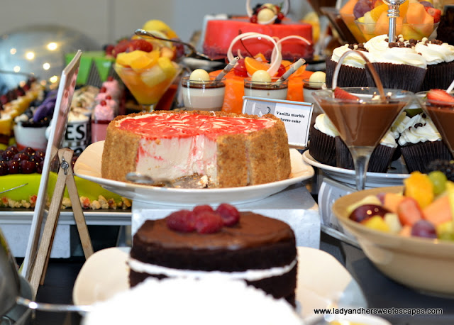 dessert station at The Art of Brunch in Movenpick Dubai