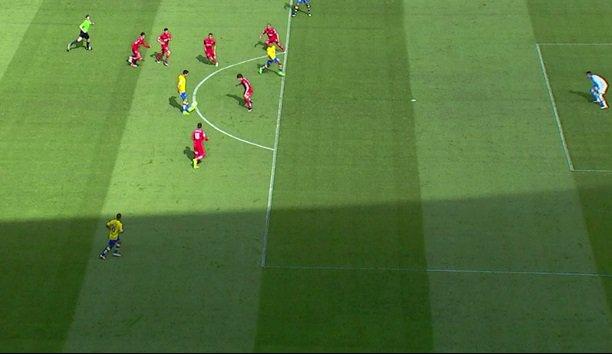 Gol anulado a Viera por un fuera de juego inexistente