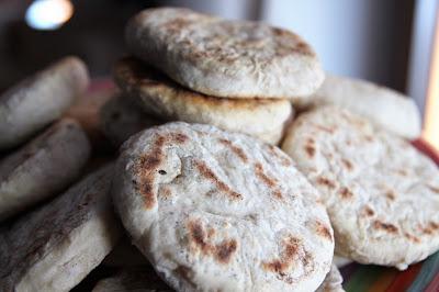 Sezamowe placki chlebowe