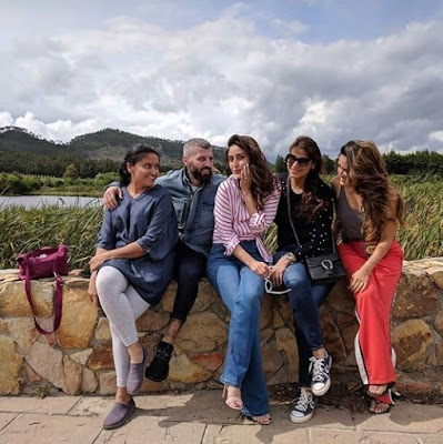 Kareena Kapoor Khan enjoys a sunny holiday in South Africa with friends See new pics