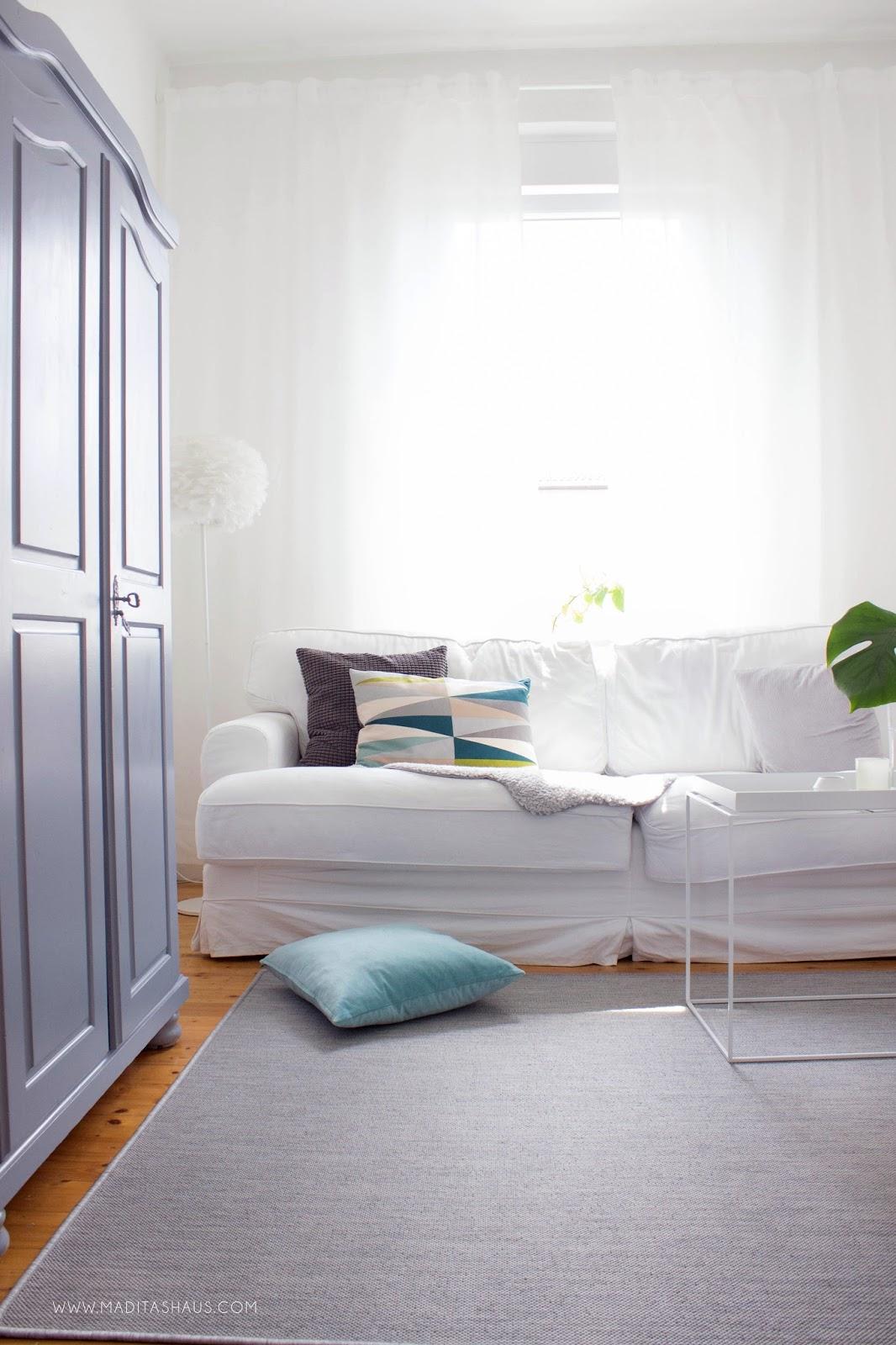 kleines wohnzimmer entspannt einrichten meine wohnver nderungen maditas haus lifestyle und. Black Bedroom Furniture Sets. Home Design Ideas