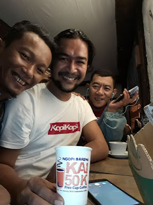 https://kuliner.satumenitnews.com/2018/01/ribuan-cup-kopi-wonosobo-gratis-di.html