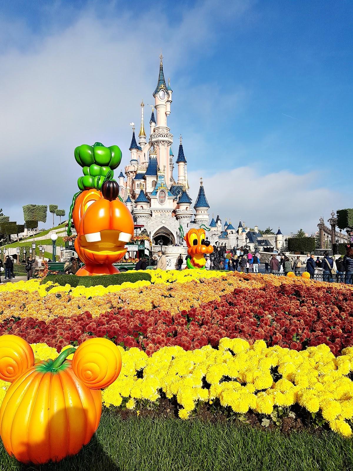 Disneyland Paris 2016 Paige Taylor Evans