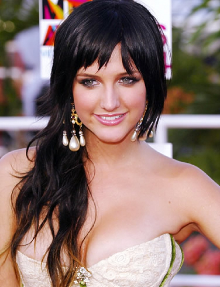 Ashlee Simpson Hairstyle Update   A Star News & Gallery