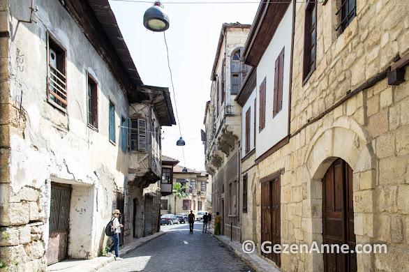 Tarihi Tarsus evlerinden bazıları restore edilmiş, Mersin