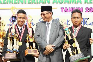 Penghargaan Para Juarawan POSPENAS Oleh Kementrian Agama Pasuruan