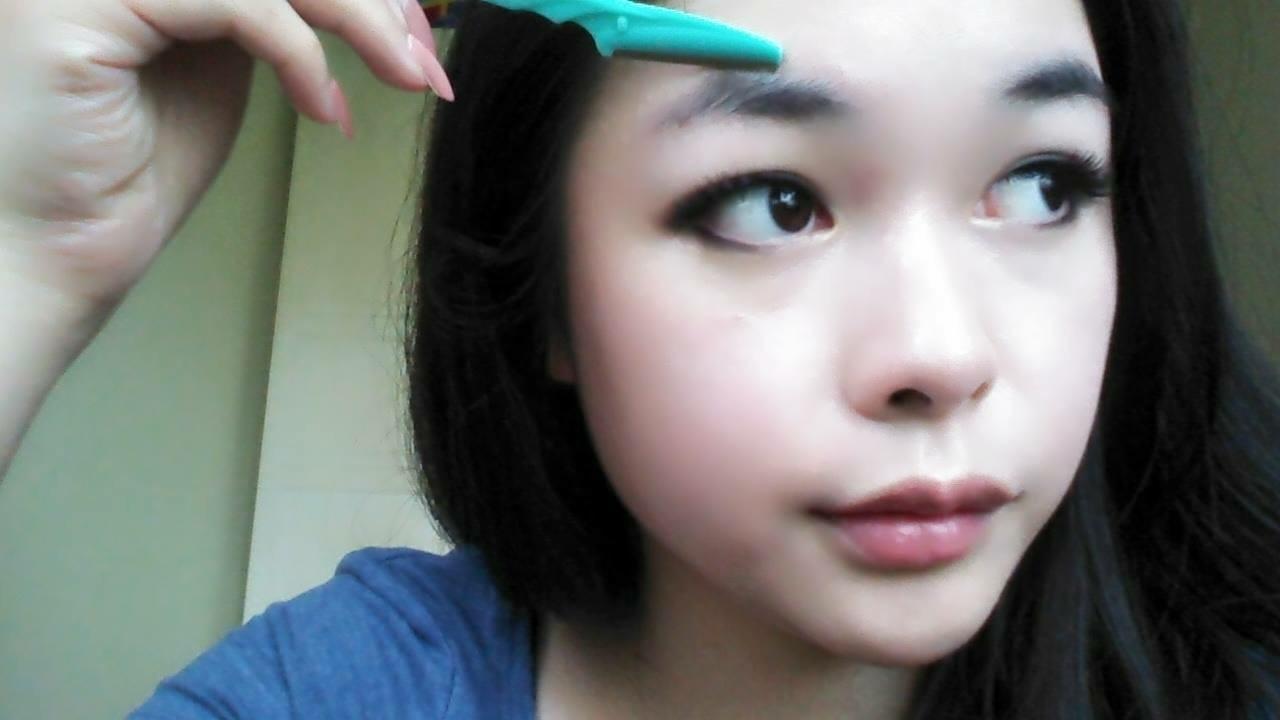 Stayoung Korean Style Eyebrow Tutorial