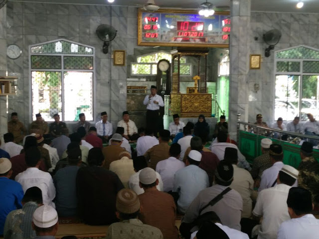 H Iskandar Buka Manasik Haji