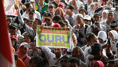 Ribuan Guru Kalbar Demo tuntut Pencairan dana BOS