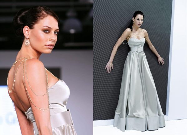 Best Wedding Gown Designers In The World: Oddarena: The World Most Expensive Wedding Dresses