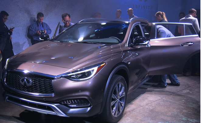 The Creation 2017 Infiniti Qx30 Extends Swoopy Styling Seen On Idea Form That Eared Not Long Ago In Geneva As Q30 S Twofold