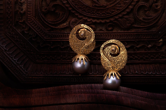 Paraga Guccha Pearl Earrings