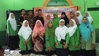 "Ajak Kaum Perempun, Relawan Demokrasi Sosialisasikan Pemilu 2019 ""Say No To Golput"""