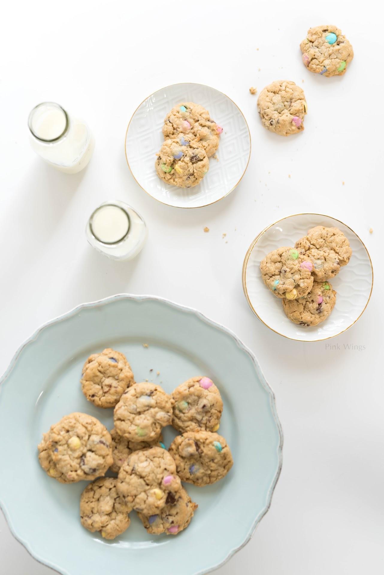 easter dessert recipe, easter cookie recipe, pastel dessert, hawaiian cookie recipe easy, hawaiian dessert recipe, hawaiian cookie recipe, hawaiian chocolate chip cookies, cookie exchange ideas, unique creative cookies, coconut cookies, macadamia nut recipe