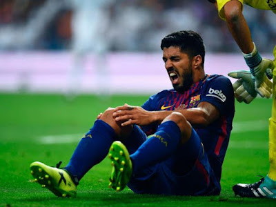 "Knee Injury Rules Out Suarez For ""Four To Five Weeks"""
