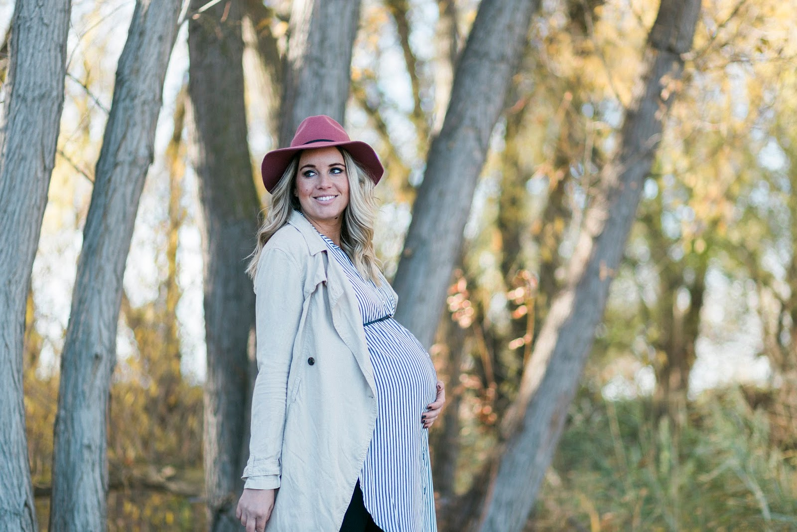 trench coat, Utah fashion blogger, maternity outfit
