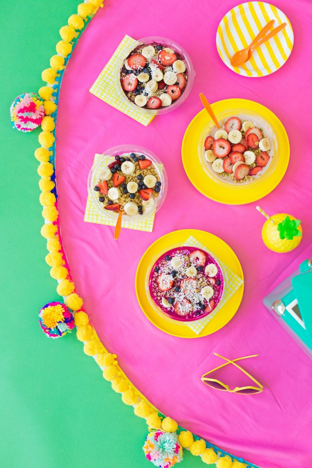 A pom-pom picnic blanket - yes please!
