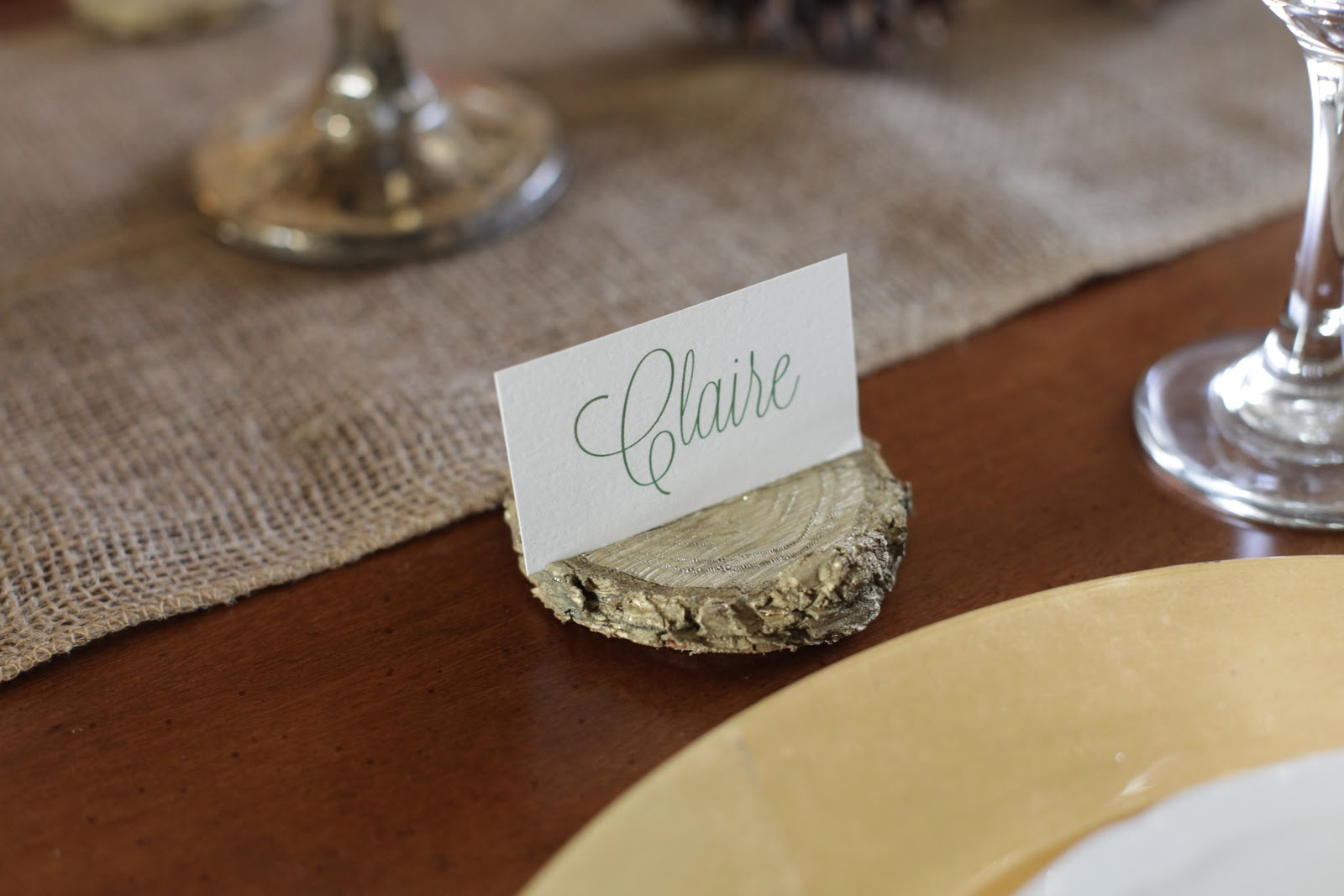 Diy Place Card Holders From Wood Chips