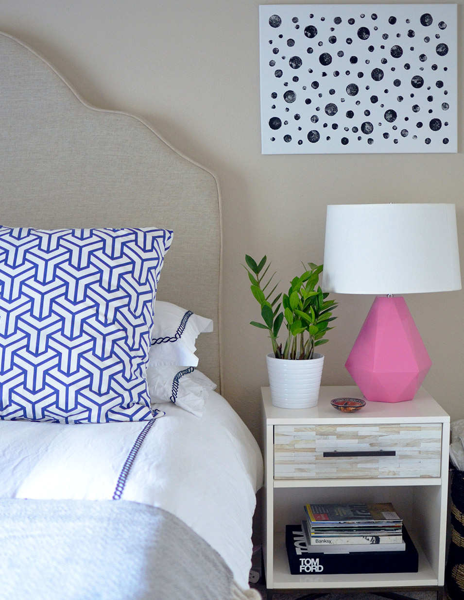 Stacy + Charlie: DIY polka dot wall art