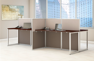 collaborative workstation for 4 people
