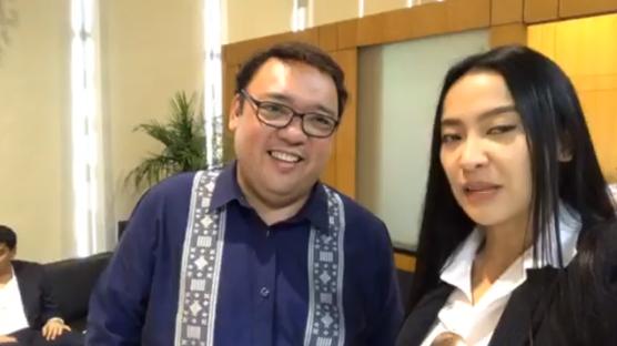 """LOOK: Spokesperson Harry Roque warns the destabilizers: """"Maghanda kayo, hindi lang bato ang ibabato ko sa inyo, hollow blocks!"""""""