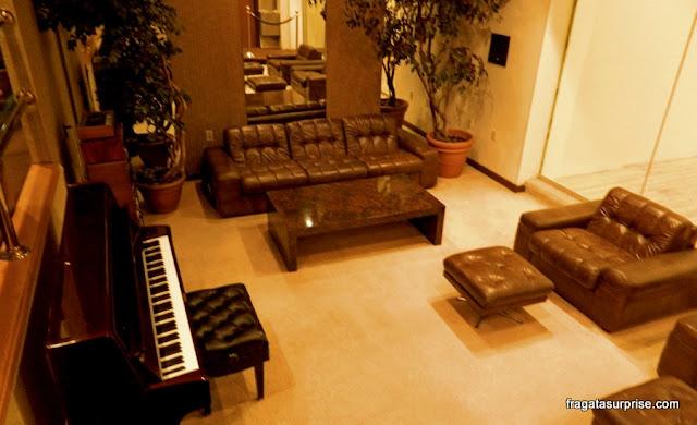 Piano tocado por Elvis em sua última sessão musical, em Graceland