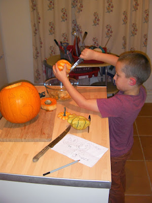cutting pumpkins and gourds for halloween