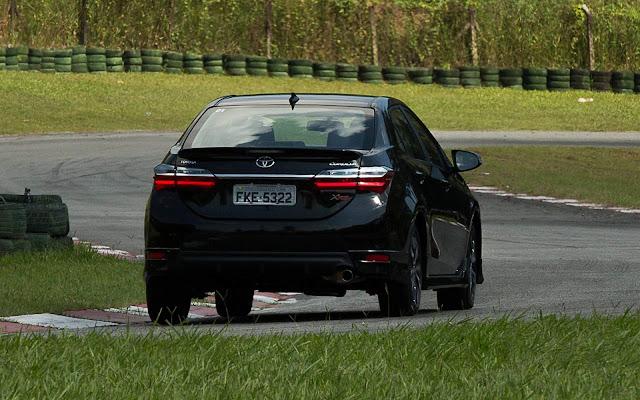 Novo Toyota Corolla XRS 2018 - Preto