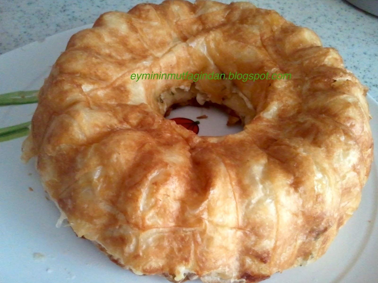 Kek Kalıbında Börek
