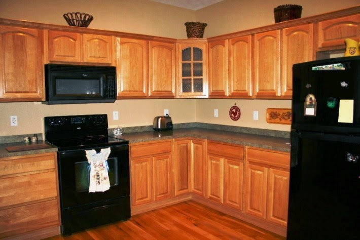paint colors for kitchen walls with oak cabinets