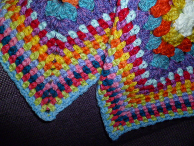 The 8th Gem Crochet Moss Stitch Diagonal Cushion And Border Pattern
