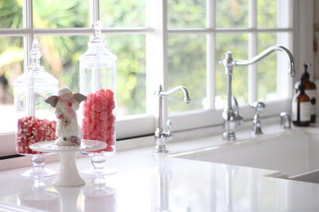 valentines-day-decor-apothecary-jars-white-kitchen