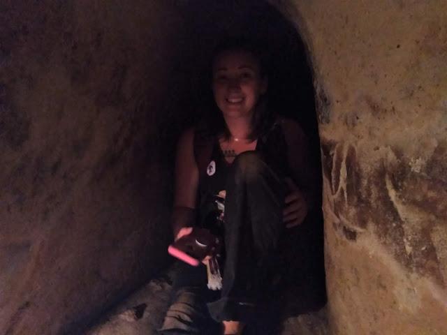 jade inside tunnel ben duoc cu chi tunnels vietnam