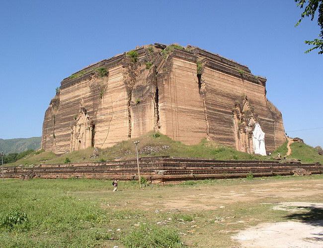 Xvlor Mingun Pahtodawgyi was unfinished pagoda by King Bodawpaya