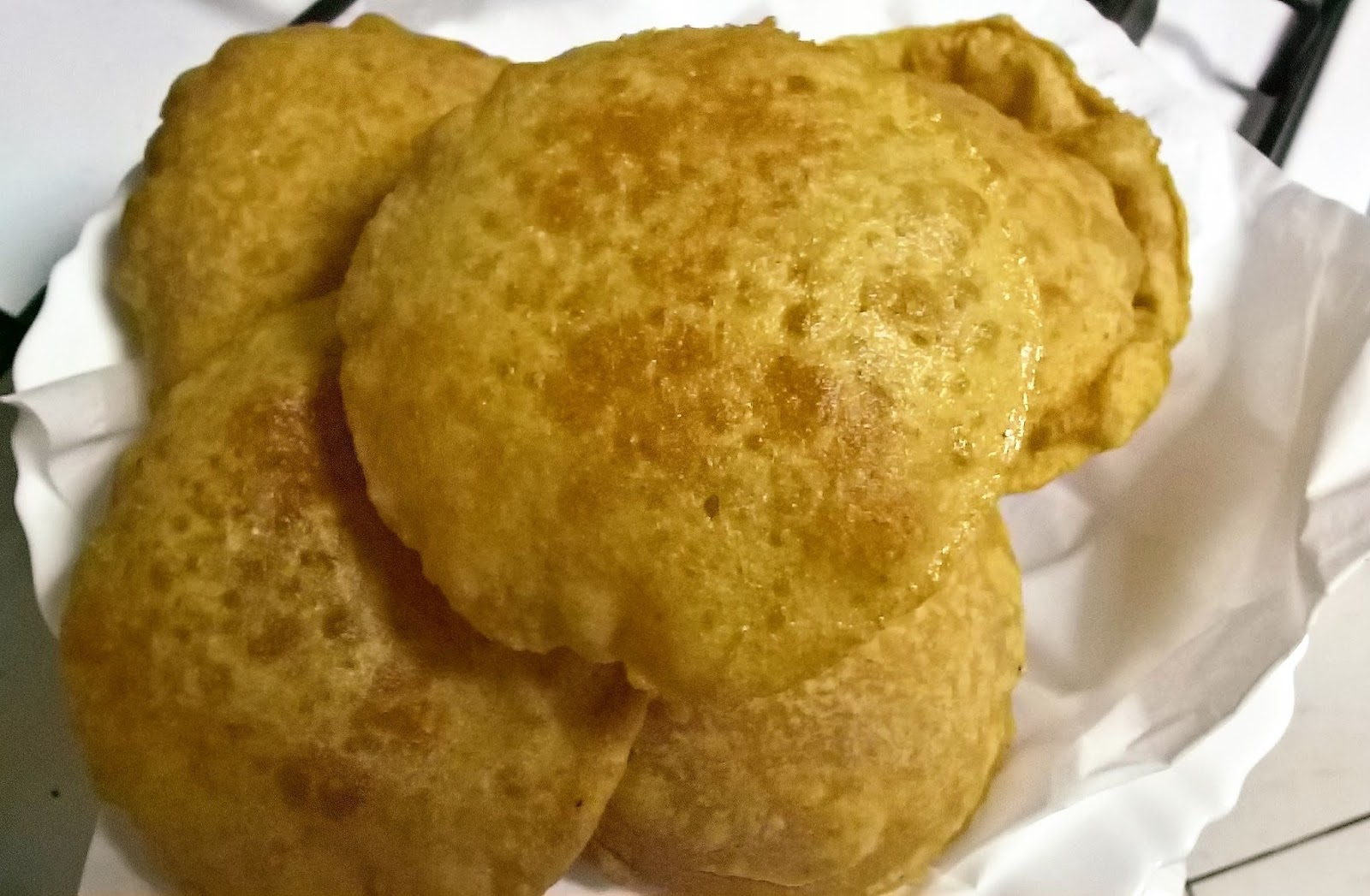 Bethica's Kitchen Flavours: Bedmi Poori (Deep Fried Puffed ...