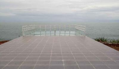 Harga Tiket Masuk Jembatan Kaca Pantai Nguluran Gunung Kidul Jogjakarta