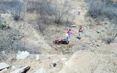 No Sertão da Paraíba, corpos de pai e filho são encontrados 1 dia após acidente