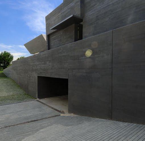 garage entrance to Madrid Bunker House