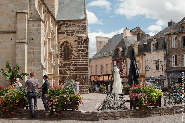 Malestroit pueblos imprescindibles bonitos Bretaña Francia