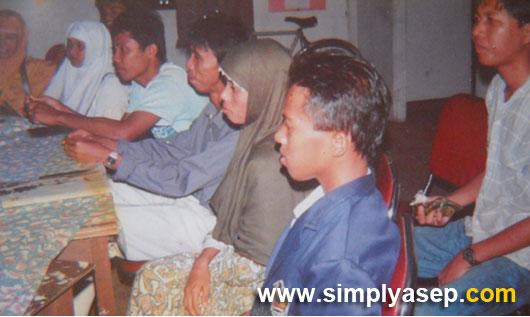 AKTIVIS :  Selain kuliah saya juga aktif di berbagai kegiatan kampus dan diluar kampus seperti di Himpunan Mahasiswa Islam (HMI) Cabanh Pontianak. Dokumentasi tahun 1990an. Foto Istimewa