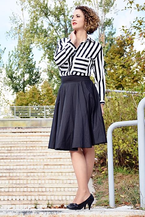 Outfit_falda_cintura_alta_negra_6