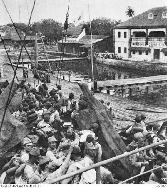 Japanese troops landing on Labuan Island, 14 January 1942 worldwartwo.filminspector.com