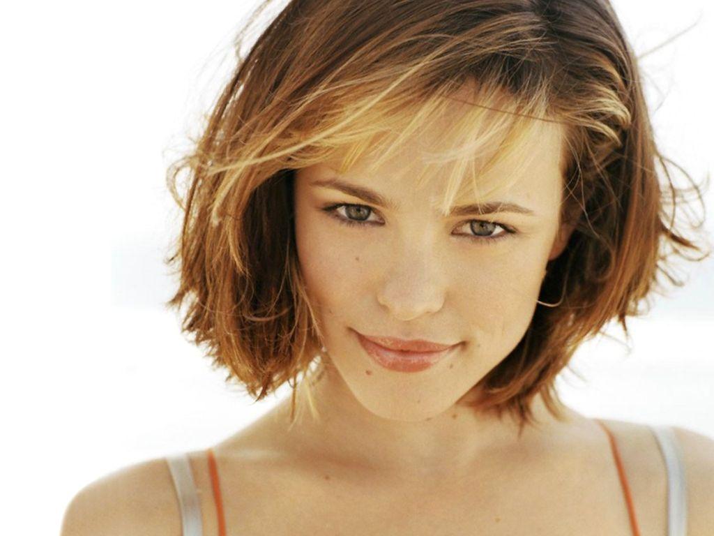 Rachel McAdams Hairstyle Trends: Rachel McAdams Latest